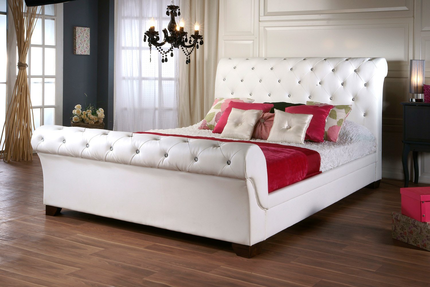 White Leather Bed Frame with Diamonds 1500 x 1001