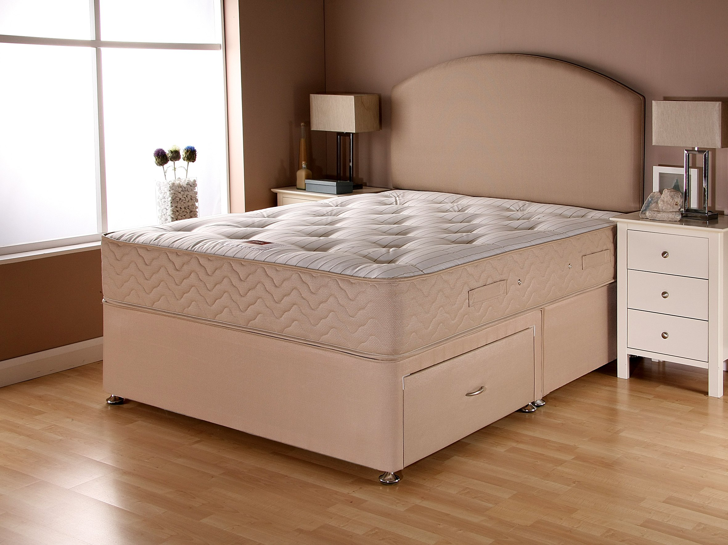 Catalina Pocket 1000 Divan Bed The World Of Beds