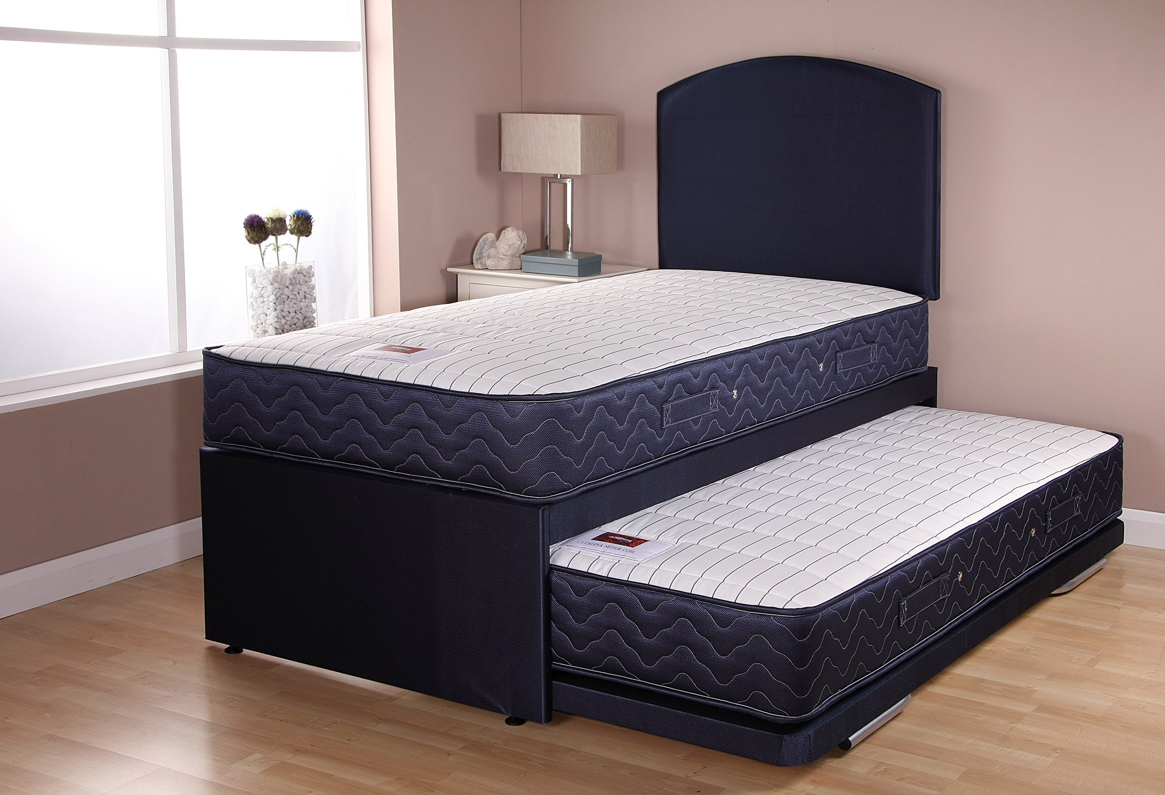 CATALINA GUESTBED NAVY HALF OPEN